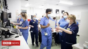 Nurses' union anger over 'pitiful' 1% NHS pay rise