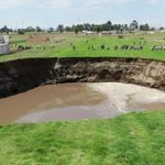 Growing sinkhole threatens to swallow home in Mexico